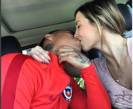Chile thoat hiem, sieu mau Brazil hon ho - Anh 1