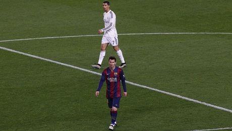 Cau thu vi dai nhat 10 nam qua: Messi vuot Ronaldo - Anh 1