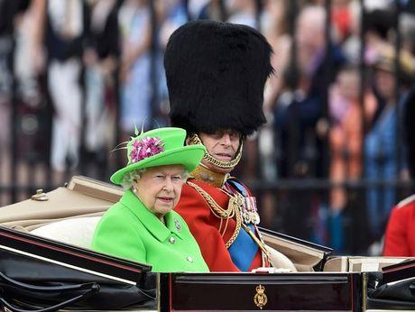 Bo suu tap mu bat ly than cua Nu hoang Anh Elizabeth II - Anh 15