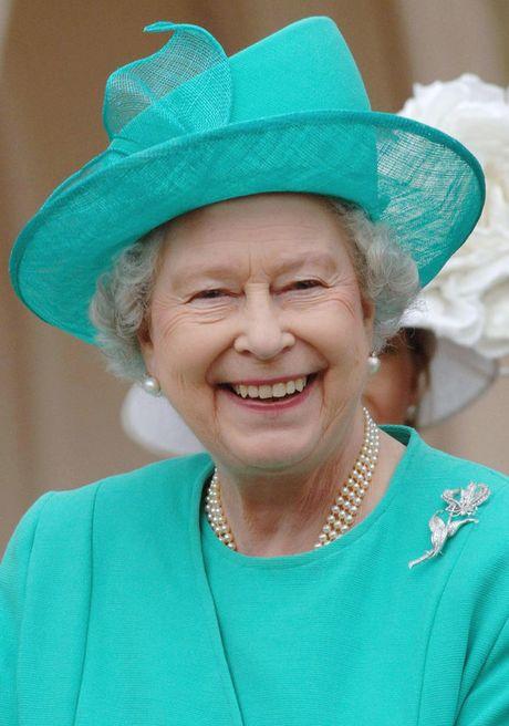 Bo suu tap mu bat ly than cua Nu hoang Anh Elizabeth II - Anh 8