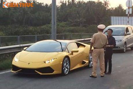 Sieu xe Huracan cua Cuong Do la bi CSGT 'tom song' - Anh 1