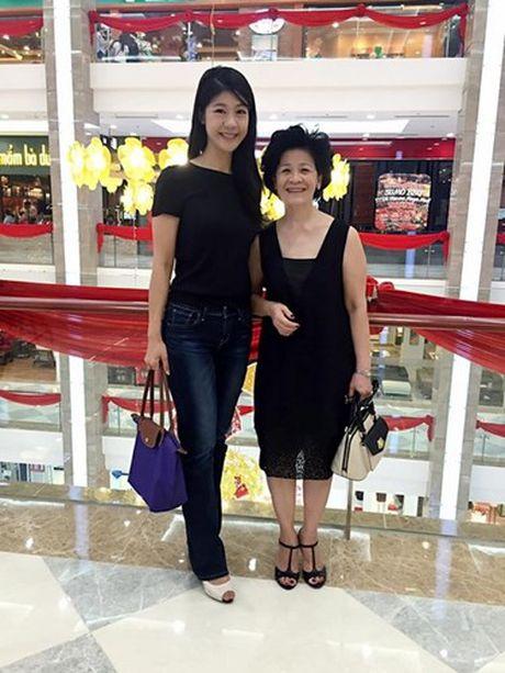 Cuoc song giau sang cua ban gai cu Truong The Vinh - Anh 11