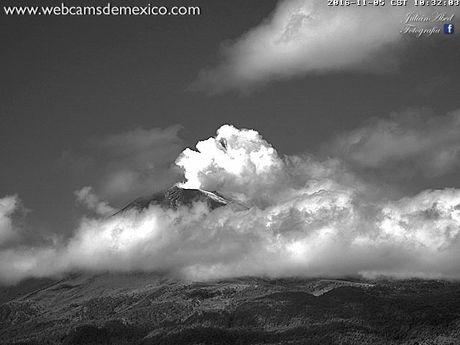 May mat nguoi ngoai hanh tinh hien nguyen hinh o Mexico - Anh 4