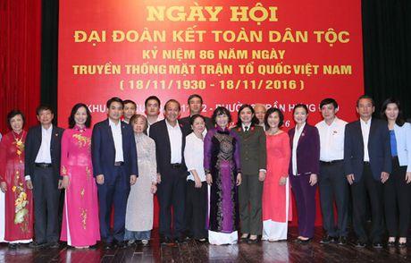 Lanh dao Trung uong, TP Ha Noi du Ngay hoi Dai doan ket toan dan toc o cac khu dan cu - Anh 1