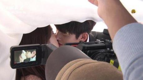 Ji Chang Wook tiet lo ve hinh mau ly tuong va nu hon voi Yoona - Anh 3
