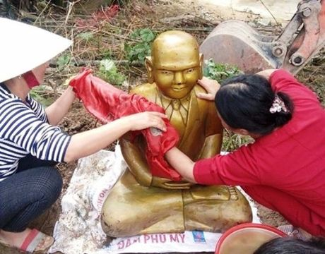 Don dam nuoi tom, gap pho tuong la mau vang - Anh 1