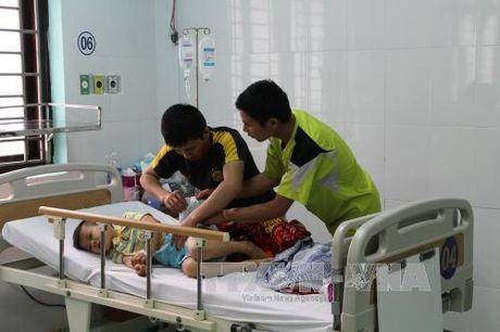 Dieu tra nguyen nhan vu 2 chau be o Dak Nong nghi bi ngo doc - Anh 1