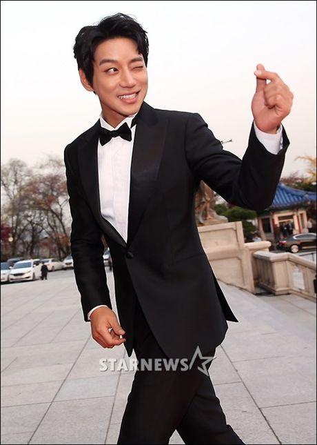 Chi Pu rang ro hon ca Park Shin Hye - Anh 18