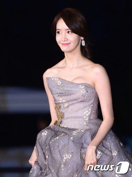 Chi Pu rang ro hon ca Park Shin Hye - Anh 34