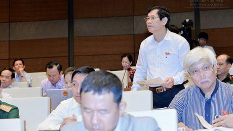 Vu ong Vu Huy Hoang: Nghi huu cung khong 'ha canh an toan' - Anh 3
