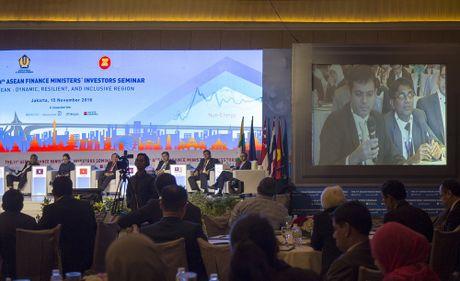 ASEAN: Khu vuc tang truong nang dong, ben bi va bao trum - Anh 4