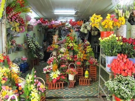 Ngay 20/11: Thi truong hoa tuoi du doan tang gia gap doi - Anh 1