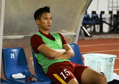HLV Huu Thang nhac Que Ngoc Hai khong duoc choi 'ban nang' - Anh 1