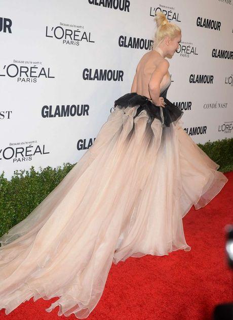 Gwen Stefani lung tran quyen ru trong tiec cua Glamour - Anh 6
