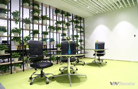 "Can canh ""van phong mo, xanh, khong day"" cua Huawei Viet Nam - Anh 8"