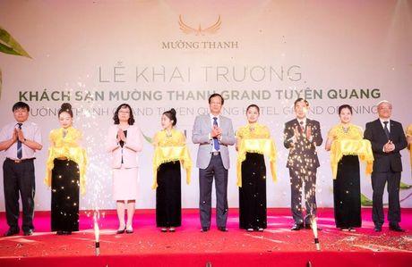 Tuyen Quang don nhan 140 phong khach san tieu chuan 4 sao di vao hoat dong - Anh 1