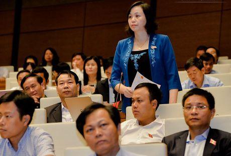 DBQH truy Bo truong Phung Xuan Nha trach nhiem 191.000 sinh vien that nghiep - Anh 2