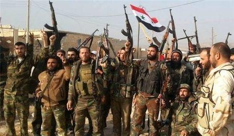 'Tran Stalingrad Syria': 500 phien quan thanh chien nop mang tai tu dia Aleppo - Anh 1