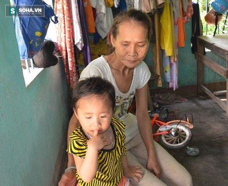 Quang Nam: Nguoi vo hon 30 nam khong ngu, chong so hai tron di - Anh 2