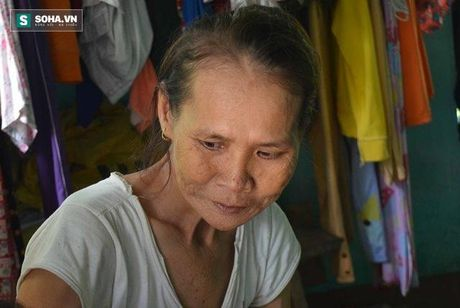 Quang Nam: Nguoi vo hon 30 nam khong ngu, chong so hai tron di - Anh 3