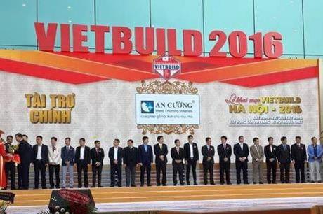 Nhieu mat hang doc dao duoc trung bay tai Trien lam quoc te Vietbuild 2016 - Anh 1
