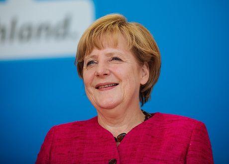 Angela Merkel tiep tuc tranh cu Thu tuong Duc lan 4 - Anh 11