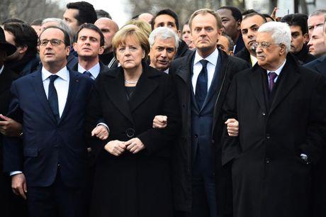 Angela Merkel tiep tuc tranh cu Thu tuong Duc lan 4 - Anh 12