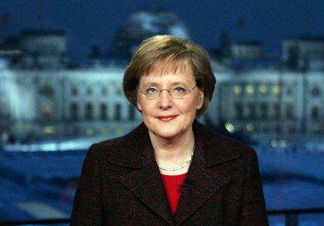 Angela Merkel tiep tuc tranh cu Thu tuong Duc lan 4 - Anh 8