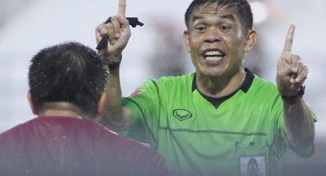 Chu muu vu ban trong tai FIFA bi de nghi chung than - Anh 1
