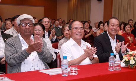 BAN TIN MAT TRAN: Thanh cong tu su doan ket, dong long - Anh 1