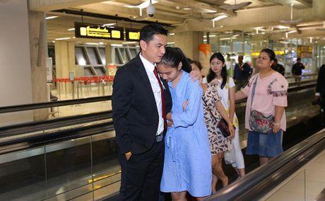 Tuyen Thai Lan 'don tim' fan nu vi qua nam tinh - Anh 7