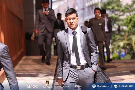 Tuyen Thai Lan 'don tim' fan nu vi qua nam tinh - Anh 8