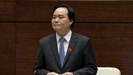 Bo truong Phung Xuan Nha: 'Toi rat tran tro ve 191.000 SV that nghiep' - Anh 1