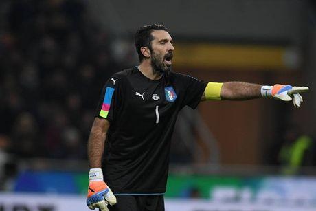 Toan canh man thu hung bat phan thang bai giua Italia va Duc - Anh 9