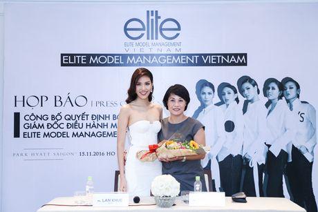 Ho Ngoc Ha mung Lan Khue len chuc CEO cua Elite phia Nam - Anh 1