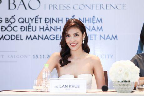 Ho Ngoc Ha mung Lan Khue len chuc CEO cua Elite phia Nam - Anh 6