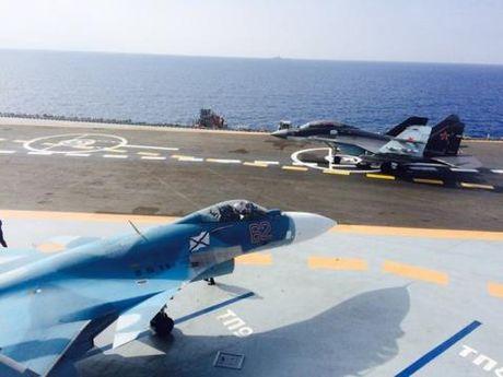 Kich ban phuong Tay vot duoc tiem kich MiG-29K - Anh 1