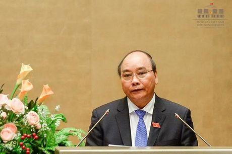 Sang nay, Thu tuong Nguyen Xuan Phuc tra loi chat van Quoc hoi - Anh 1