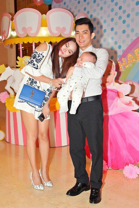 Choang voi ve dep phon thuc cua Phi Thanh Van sau sinh con - Anh 10