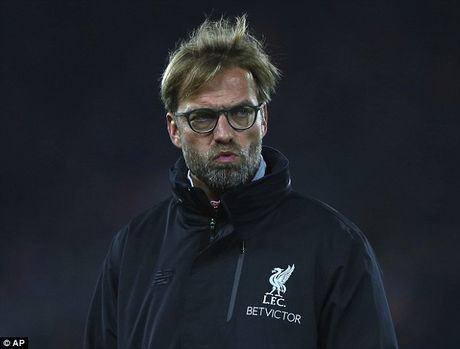 Jurgen Klopp khoc thet khi Liverpool phai da 2 tran trong 45 tieng - Anh 1