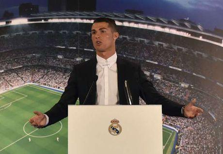 Nguoi Bundesliga 'nong mat' voi Ronaldo - Anh 1