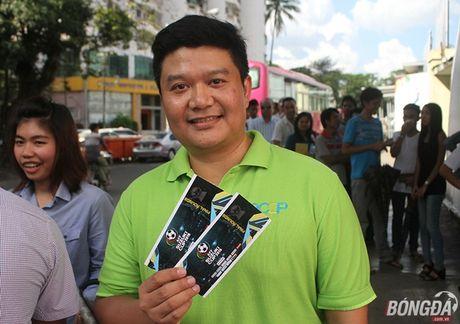 CDV nuoc chu nha do xo mua ve tran dau Myanmar gap DT Viet Nam - Anh 1