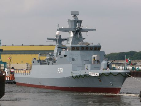 Lo Nga, Duc chieu long NATO mua 5 tau chien K130 - Anh 2