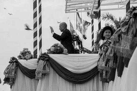 Tung bung le hoi nuoc Bon Om Touk hut du khach o Campuchia - Anh 8