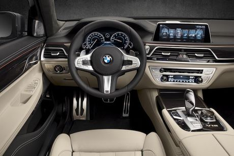 Sieu xe sang the thao BMW M760i xDrive 'chot gia' 3,4 ty - Anh 4