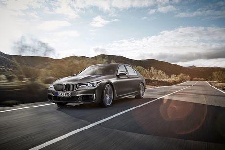 Sieu xe sang the thao BMW M760i xDrive 'chot gia' 3,4 ty - Anh 8