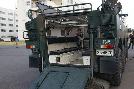 Xe boc thep Type 96 roi banh khi chay, Nhat Ban 'xau ho' - Anh 10