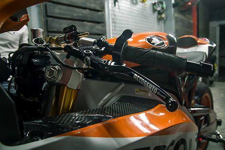 Can canh sieu moto Honda CBR1000RR do 'khung' tai VN - Anh 3