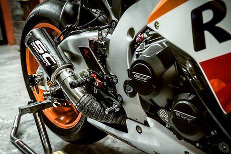 Can canh sieu moto Honda CBR1000RR do 'khung' tai VN - Anh 4