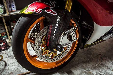 Can canh sieu moto Honda CBR1000RR do 'khung' tai VN - Anh 7